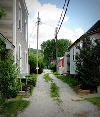 West Virginia ~ Middlebourne (erjkprunczk) Tags: rural drive alley village tyler westvirginia lane gravel countyseat upperohiovalley middlebourne erjkprunczyk wv18