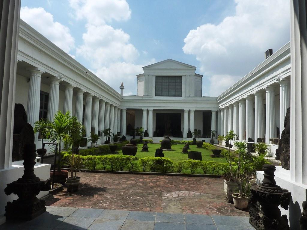 Java-Jakarta (147)