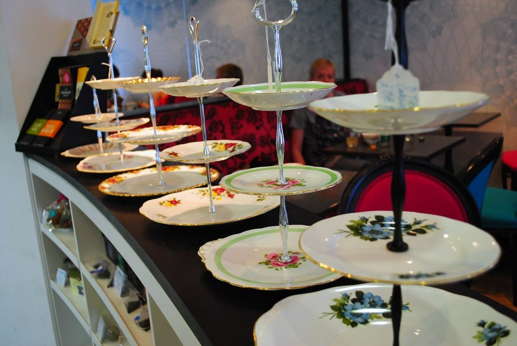 3-tier cake stands