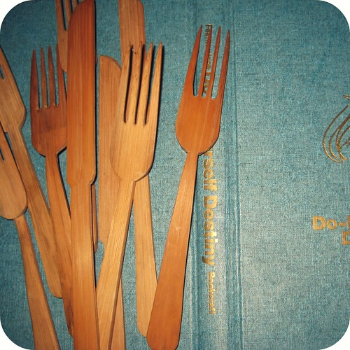 wooden forks and spoons