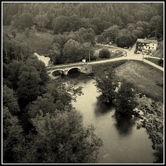 Busseau-sur-Creuse, 23, France (mikeinlagardette) Tags: france 120 6x6 architecture japanese bridges 200asa rivers folder creuse foma welmy6 caffenolc welmysix buildingsobserved