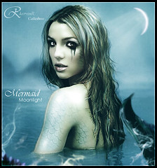 Britney Spears - Moonlight Mermaid (Kervin R.) Tags: blue sea moon azul mar spears victor moonlight mermaid britney tal rojas kervin