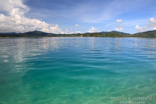 Pinagbuyutan Island - Water