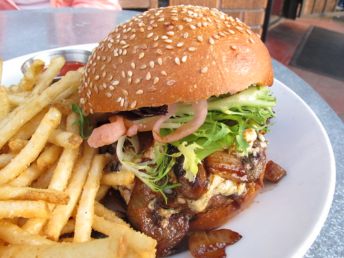 Steak Lovers Burger 2