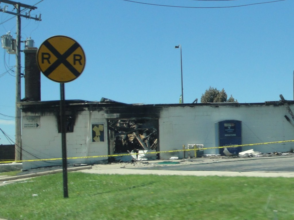 Wings Resale Shop Palatine, IL burned down after a lightening strike 6/18/2010