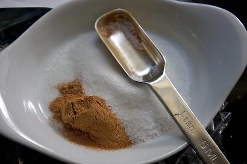 making cinnamon sugar