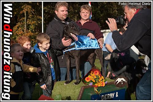 Geldrop: Oaklane Greyhound Derby Winner 2010: Clonkeen-Stan, Dirk-Timmer