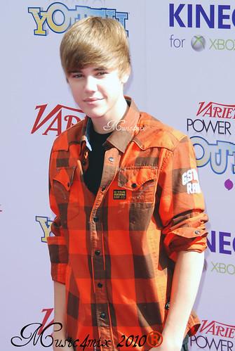 ariana grande and justin bieber. Justin Bieber