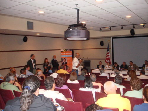 Renewable energy opportunities for producers were discussed at a recent meeting in Puerto Rico.