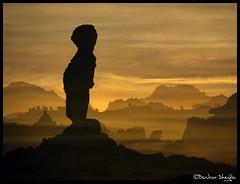 Adad's Natural Statue ! (Bashar Shglila) Tags: world mountains beautiful statue rock stone that photography gallery desert photos top like best most worlds looks popular libya acacus libyen adad صحراء جبال akakus ليبيا líbia العوينات libië libiya akakous liviya narural libija adade غات либия geologoy توارق addad a… اكاكوس ливия ☆thepowerofnow☆ լիբիա ลิเบีย lībija либија lìbǐyà libja líbya liibüa livýi λιβύη acacous اضاد akakos acacos thatrocklookslikea… ايموهاغ هقار