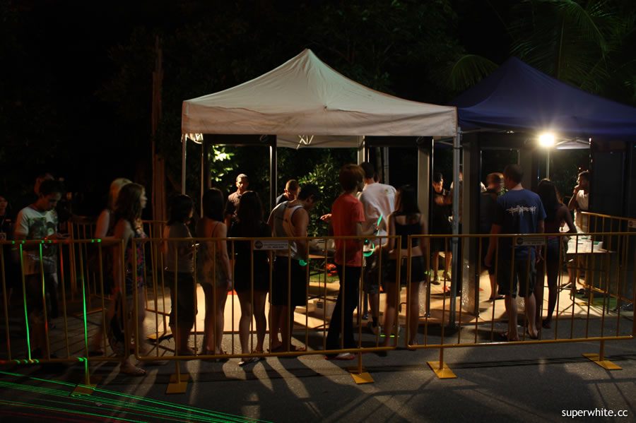 Siloso Beach Party