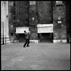 Venezia 4 (jonnedrestol) Tags: street leica venice italy milan rome roma rolleiflex 35mm project photography florence europe milano trix delta summicron 400 firenze hp5 3200 venezia ilford m6 asph f20 35f
