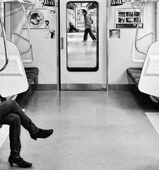 CROSSED LEGS (ajpscs) Tags: bw blancoynegro japan train japanese tokyo blackwhite nikon metro monochromatic jr east 日本 nippon 東京 blkwht passenger grayscale okutama crossedlegs d300 奥多摩 ニコン monokuro ajpscs eastjapanrailwaycompany 青梅線 omeline ōmesen