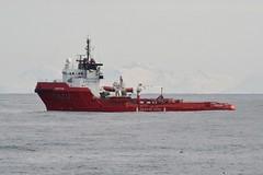 "KV ""Chieftain"" (macerlend) Tags: ocean red coastguard mountain hav kystvakt kvchieftain tromsflaket"