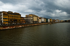 (Vulk.an) Tags: sky river nuvole cityscape cloudy fiume pisa arno toscana savevulkan