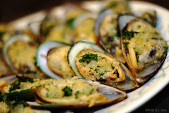 Baked Mussels = Baked Goodness (rrooffuss) Tags: food bokeh delicious butter garlic seafood mussel parsley cilantro 50mmf18 panko speedlite430exii bakedmussel