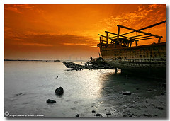 Separation (ibrahem N. ALNassar) Tags: sunset canon eos 5 n l 5d feeling kuwait usm ef 1740mm f4 separation    alnassar  ibrahem