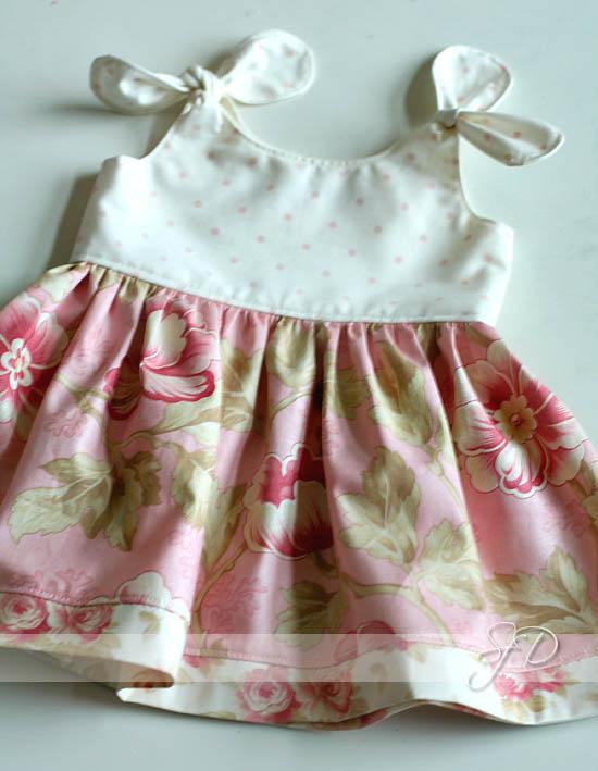 Leslie's baby dress