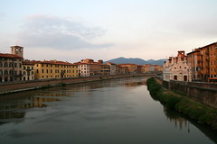 20080928_6057 (igorlazunna) Tags: city autumn italy italia pisa arno toscana autunno citt
