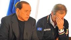 Bertolaso e Berlusconi in conferenza stampa