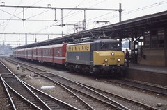 NS 1114 (JFH-Photo) Tags: ns 1989 m2 1100 roosendaal nmbs