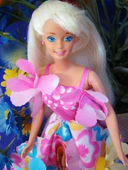 Blossom Beauty Barbie 1996 (Chicomttel) Tags: beauty blossom 1996 barbie mattel inc