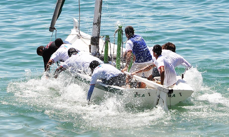 soteropoli.com fotos fotografia ssa salvador bahia brasil regata joao das botas 2010  by tunisio alves (27)