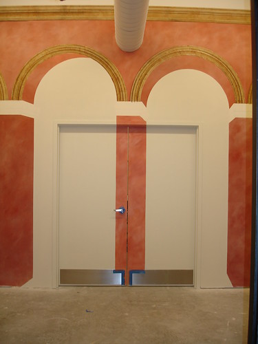 Mural problems? Trompe l'oeil to the rescue