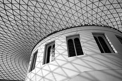 Middle bit of British Museum (andrew off-road) Tags: canon1022mmf3545