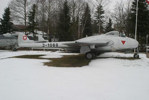 J-1068