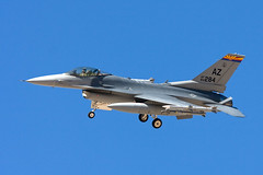 Arizona Air National Guard F-16C landing follo...