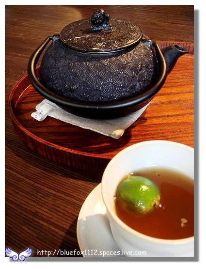 100320Whiple House25_柚香金桔茶