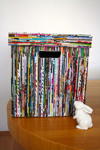 Recycling craft: box covered with paper reeds by litchi7.