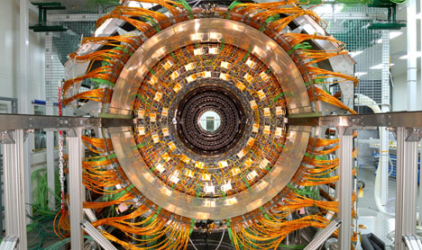 Large-Hadron-Collider4