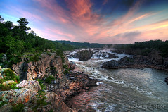 Great Falls! (Nikographer [Jon]) Tags: usa nature landscape virginia lenstagged nationalpark md nikon bravo unitedstates greatfalls maryland tokina va potomacriver gcc d300 tokina1224mmf4 greatfallsnationalpark nikond300 20090628d30073373