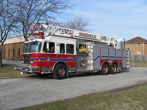 Oakville, Ontario Ladder 242