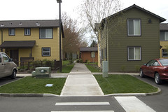 Paths (rbubbs16) Tags: publicspace connections woodburn urbancontext exteriorspace rachelssitephotos