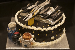 Mass Effect 2 Birthday Cake (4lici4) Tags: cake normandy shepard videogamecake fondant cakedecorating sugarpaste masseffect krogan garrus
