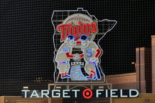 target field logo. Target Field Logo