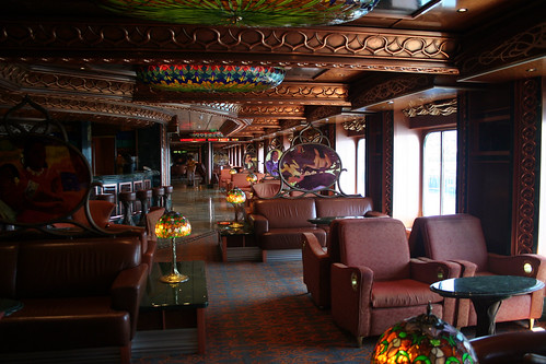 Carnival Spirit - Artists Lobby