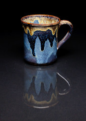 Marietta Run Clay Mug (Morristowne) Tags: ohio reflection 50mm nikon f14 sigma mug alienbee d90 strobist susansherman bluebirdpottery mariettarunpottery