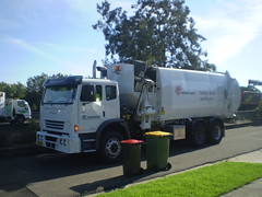 New Ashfield Sidepak (AussieGarbo) Tags: trash truck garden garbage organics side superior systems collection equipment international greens rubbish vegetation vehicle council waste loader recycling ashfield services municipal iveco acco automated pak asl compaction sidepak