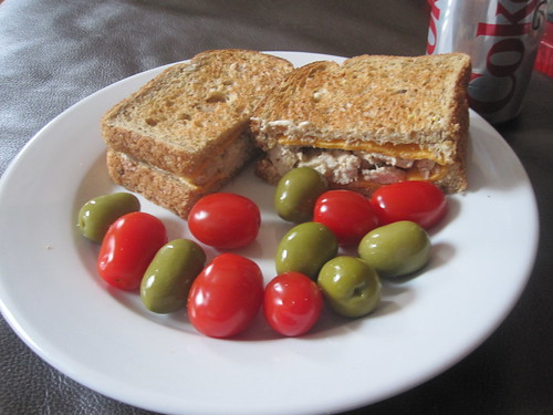 Turkey sandwich, olives, tomatoes