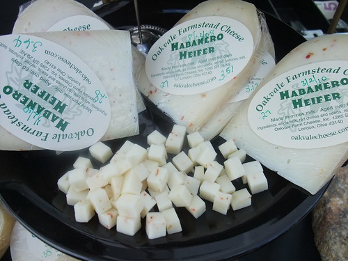 Oakvale Habenero Heifer Cheese