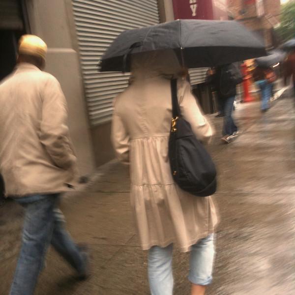 beige people #walkingtoworktoday