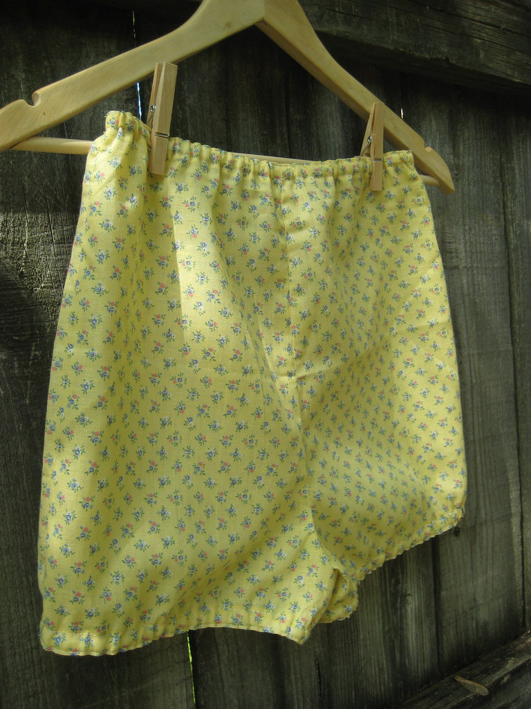 sewing saturday.. handmade liberty print bloomers