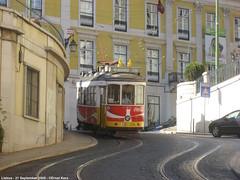 Calçada de São Francisco (ernstkers) Tags: streetcar tram trolley 557 ccfl557 cocacola tranvia tramvia ccfl lisboa lisbon lisbonne lissabon portugal carris eléctrico strasenbahn bonde spårvagn