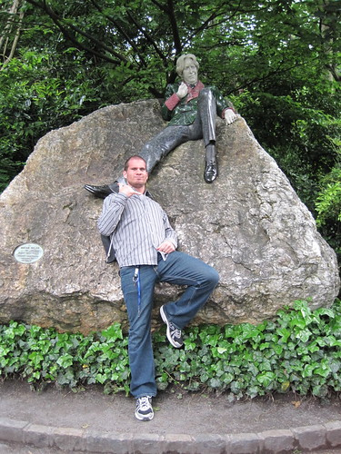 Hanging with Oscar Wilde
