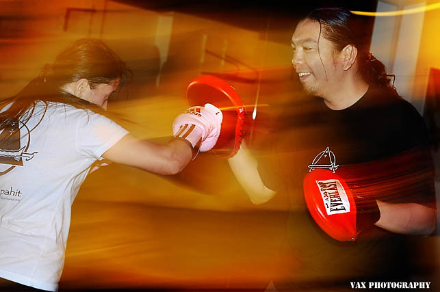 knife fight 05