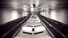 escalator (john fullard) Tags: newyork subway vanishingpoint manhattan escalator